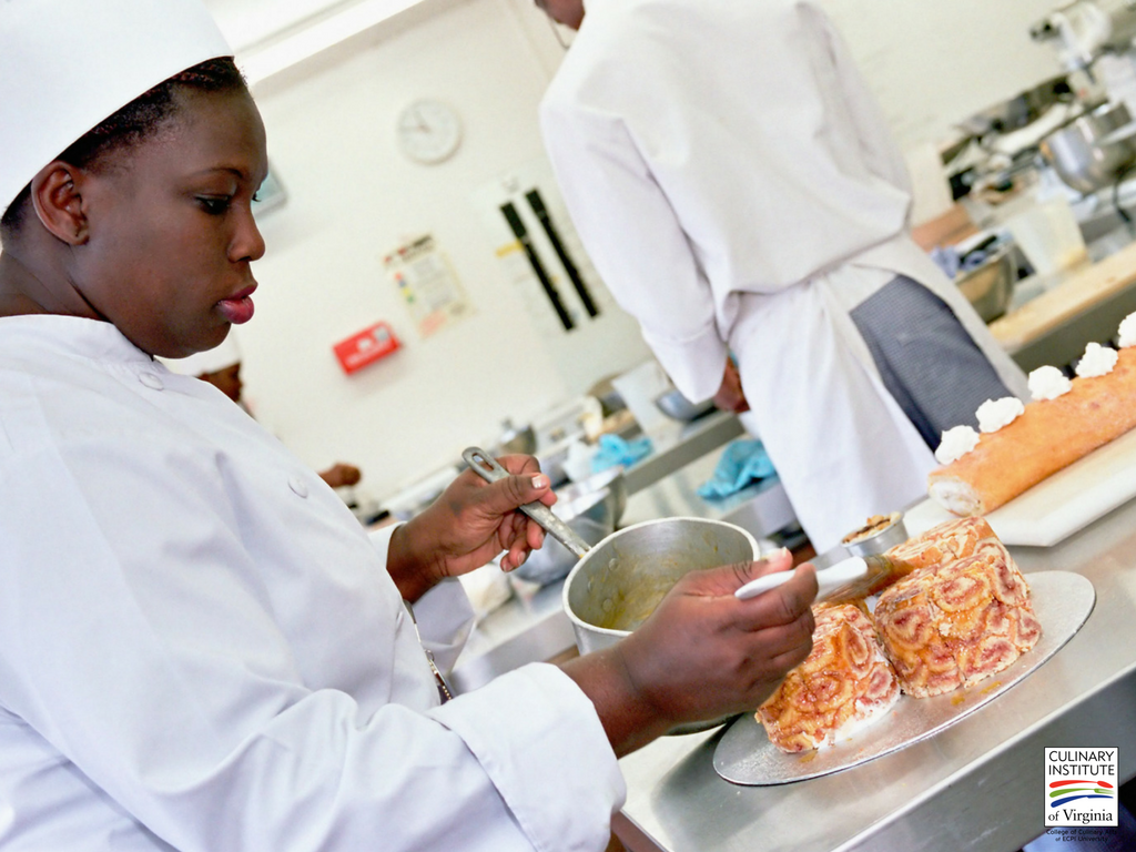 What is the Role of a Commis Chef?
