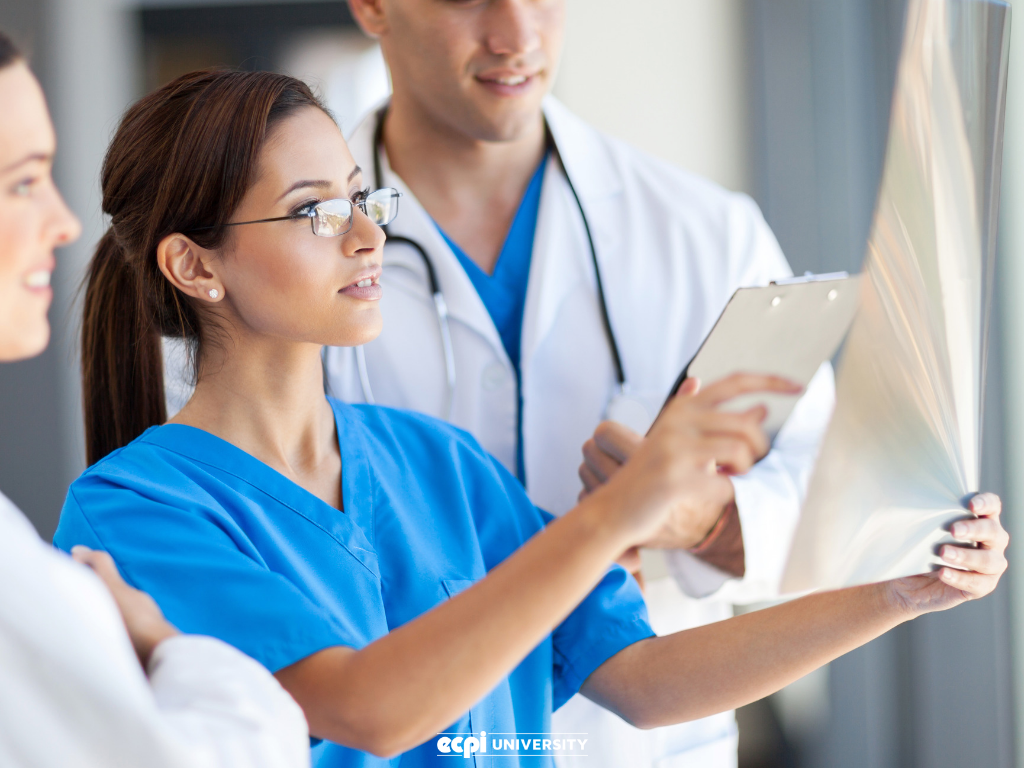 Medical Assistant Training: What Education Do I Need?
