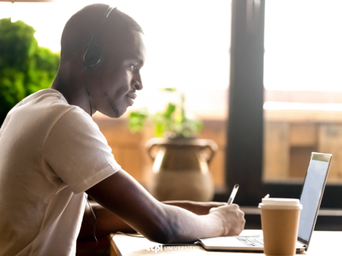 Military and College at the Same Time: The Benefits of Online Classes
